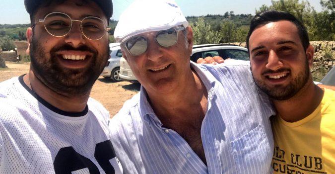 Gerry Scotti in vacanza a Vendicari.