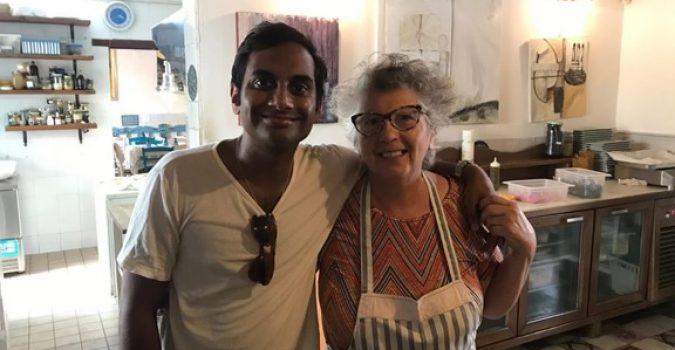 Vacanze a Marzamemi per il famoso attore comico statunitense Aziz Ansari.